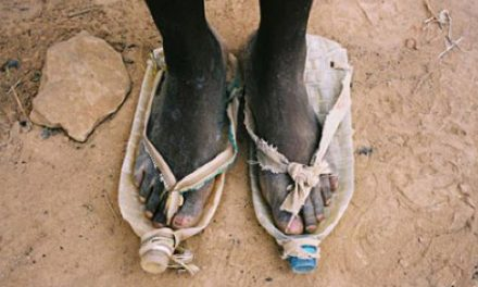 """""""Striving hard to fight against the boundary set by poverty"""" with real actions – Bottle Shoes Movement"""