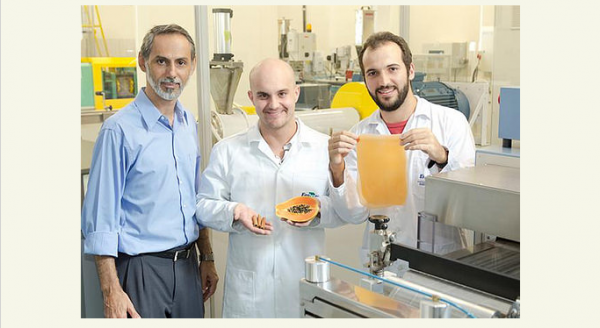 Contain your Veggie with edible plastic made of fruits