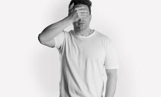 Jamie Oliver 發起 #AdEnough 行動
